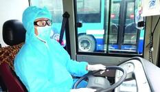 Xe buýt đưa cả nghìn người sau cách ly về địa phương