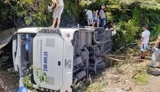Từ vụ tai nạn thảm khốc ở Quảng Bình: Làm gì để thuê xe đi du lịch an toàn?
