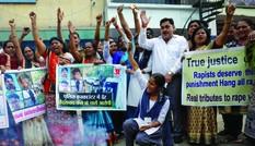 Ấn Độ lại rúng động vì vụ hiếp dâm tập thể