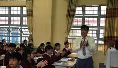 Giáo viên hợp đồng thi viên chức tại Hà Nội: Hàng loạt câu hỏi bức xúc