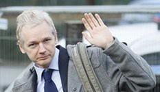 Chủ bút WikiLeaks lại hầu tòa