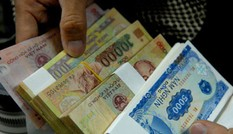 Sôi động dịch vụ đổi tiền lẻ ngày Tết