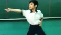 Học sinh tiểu học nhảy Gangnam Style gây sốt