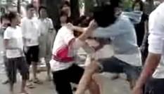 Hỗn chiến láng giềng, vung dao quắm chém đứt cổ hàng xóm