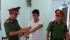 Bắt tạm giam trạm trưởng rừng phòng hộ xã biên giới