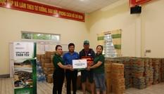 Khóa Huy Hoàng và cộng đồng đại lý trao hàng ngàn suất quà cứu trợ tới đồng bào vùng lũ