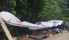 Đã có 15 người chết trong vụ lật xe du lịch ở Quảng Bình