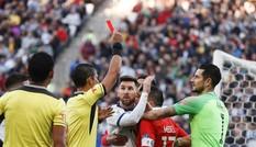 Liên đoàn bóng đá Nam Mỹ phạt tiền, treo giò ngôi sao Messi