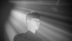 """Erik bỏ túi loạt thành tích ấn tượng cùng MV mới """"Em không sai, chúng ta sai"""""""
