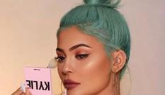 Sốc: Kylie Jenner bị tạp chí Forbes thẳng tay tước danh hiệu tỷ phú tự thân