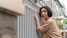 """Sau """"Tiệc Trăng Máu"""", Thu Trang vào vai nhiều chuyện, ăn cắp vặt trong web-drama"""