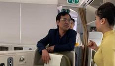 Phạt 10 triệu đồng 'đại gia' bất động sản sờ soạng khách nữ trên máy bay