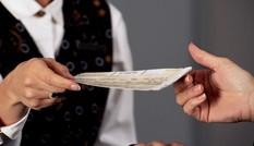 Tránh 'mất tiền mua bực' khi đặt vé máy bay sau cách ly xã hội