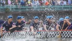 Hơn 500 vận động viên tranh tài bơi chải thuyền rồng Hà Nội