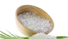 Rửa vùng kín bằng nước muối: coi chừng mắc bệnh phụ khoa