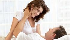 Vợ đi vắng, chồng 'vào nhầm' phòng osin trẻ vì nhà ... mất điện
