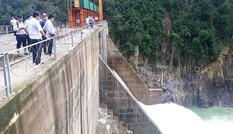 Kiến nghị thu hồi giấy phép đối với thủy điện tích 'bom nước' lúc bão