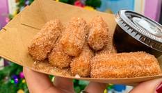 Disney chia sẻ cách làm bánh quẩy churro nổi tiếng: Làm dễ, ăn ngon, quên bim bim được rồi