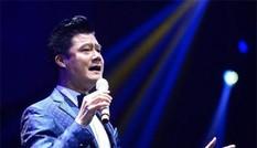Showbiz 30/10: Quang Dũng quyên góp được hơn 2 tỷ đồng ủng hộ đồng bào miền Trung