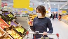 """Các chuyên gia """"mách"""" chiêu phòng tránh COVID-19 khi đi siêu thị"""