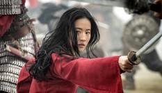 """""""Mulan"""" bị """"bế"""" lên streaming, nhưng hãy khoan vội """"khóc mướn"""" cho """"Mulan"""" và Lưu Diệc Phi"""