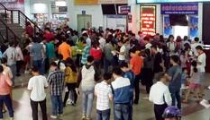 Gần 50.000 vé tàu Tết được đặt trong sáng đầu tiên ga Sài Gòn mở bán