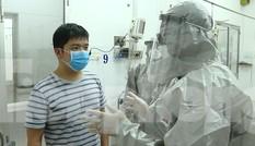 Cận cảnh quá trình điều trị cho bệnh nhân người Trung Quốc nhiễm virus corona