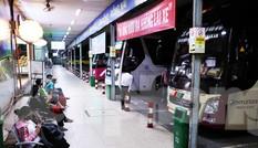 TPHCM cho phép taxi, xe khách hoạt động trở lại, xe buýt tiếp tục ngừng