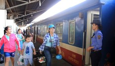 Đường sắt giảm giá vé, tăng tàu chạy dịp hè để kích cầu hậu COVID-19