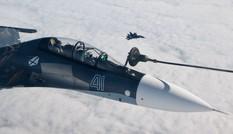 Su-30, Su-35 tiếp nhiên liệu giữa trời nhìn từ buồng lái