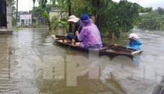 Mưa lớn kéo dài, nhiều vùng ở Đà Nẵng bị cô lập