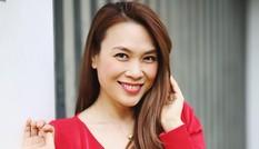 Mỹ Tâm xin lỗi Mai Tài Phến trên livestream, khoe eo để bác bỏ tin đồn mang thai