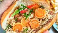 Ăn sáng cùng Sài Gòn: Liêu xiêu cùng món bánh mì gà xé trứng non lòng đào ngon dzách lầu