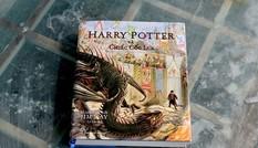 """Mừng Harry Potter 20 tuổi với """"Chiếc Cốc Lửa"""" in màu và tiệc phù thủy ở Đường sách!"""