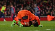 HLV Wenger xác nhận tin 'sét đánh' về Petr Cech