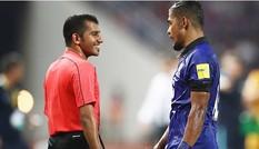 Hòa Australia, người Thái đổ lỗ cho trọng tài Qatar