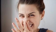"""3 cách đơn giản và tiết kiệm giúp bạn nữ """"bye bye"""" mùi hôi vùng kín"""