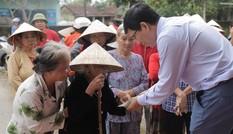 Nặng tình nhân ái của tập thể cán bộ nhân viên MED GROUP vì khúc ruột miền Trung