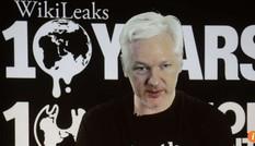 Ông trùm WikiLeaks dọa phơi bày nhiều bí mật trước bầu cử Mỹ