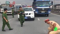 Bắt khẩn cấp tài xế điều khiển xe ben tông xe tuần tra CSGT