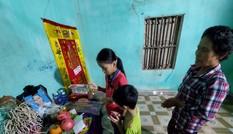 Xót thương 2 trẻ mồ côi ở với bà ngoại bị ung thư di căn