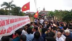 Công an Hà Nội kêu gọi đầu thú vụ bắt người, phá tài sản ở thôn Hoành