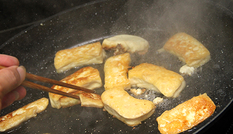 7 sai lầm trong nấu nướng vô tình gây ung thư cho gia đình