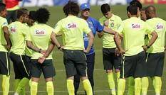 Chuẩn bị tiếp Colombia, người Brazil luyện tiểu xảo