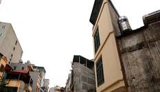Nhà 'hình kỳ dị' lại mọc giữa Thủ đô sau cải tạo mương