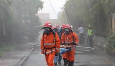 Diễn tập giải cứu người mắc kẹt trong đám cháy hầm Thủ Thiêm