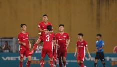 Quế Ngọc Hải phối hợp Vũ Minh Tuấn 'bắn tỉa', Viettel hạ Sài Gòn FC