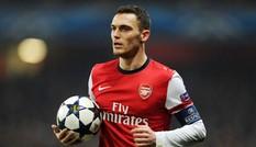 Thủ quân Vermaelen ra yêu sách với Arsenal