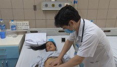Nữ bệnh nhân hôn mê, tổn thương tim, gan vì sốc nhiệt