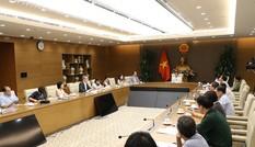Dịch COVID-19: Chuyên gia quốc tế khuyến cáo Việt Nam việc mở cửa trở lại